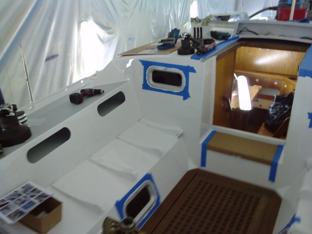 peinture pour bateau pneumatique moteur bateau occasion. Black Bedroom Furniture Sets. Home Design Ideas
